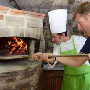 enjoy-cooking-school-pizza